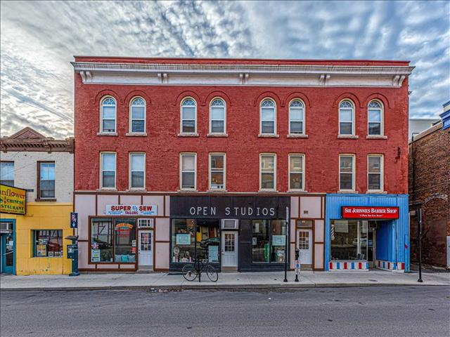 35-39 Montreal St Kingston